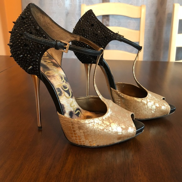 c6482d94d ⭐️Sam Edelman Scarlett gold black spike heels 10⭐ .  M 5a7b39e72ae12f5c4393d780